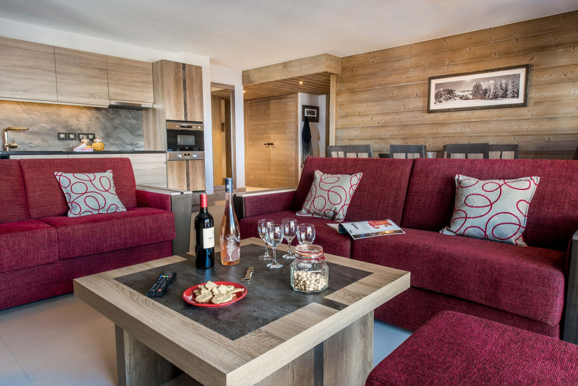 Vars Location Appartement Luxe Patronice Salon
