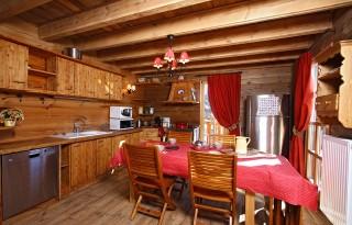 Alpe d'Huez Location Chalet Luxe Abanderos Cuisine