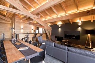 Alpe d'Huez Location Chalet Luxe Novableu Salle à Manger 1