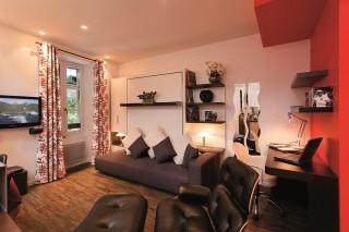 AnnecyLocation Appartement Luxe Dans Maison Pierre De Feu Salon