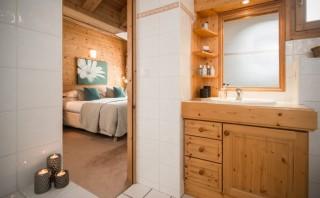 bathroomtwo-1-9508