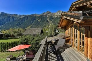 Chamonix Location Chalet Luxe Cordique Terrasse