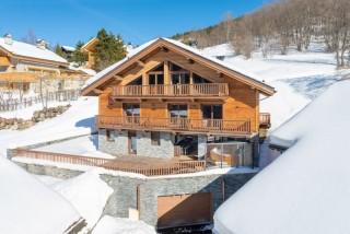 exterior-luxury-chalet-9529
