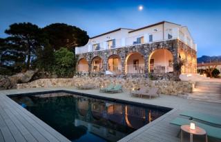 Ile Rousse Location Villa Luxe Hautigna Façade Nuit