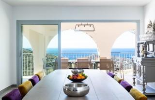 Ile Rousse Location Villa Luxe Hautigna Table à Manger