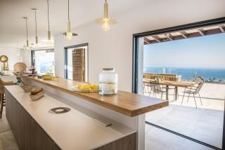 Ile Rousse Location Villa Luxe Iolite Cuisine 1