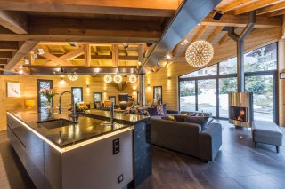 kitchen-and-living-area-9462