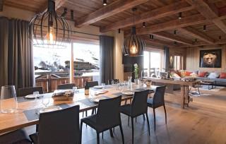 Les Deux Alpes Location Chalet Luxe Wallomia Salle à Manger