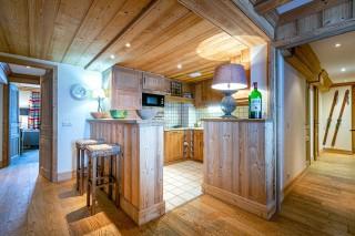 Val d'Isère Location Appartement Luxe Vatalis Cuisine