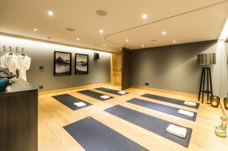 yoga-studio-2-9477