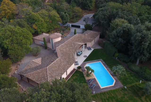 Cannes Luxury Rental Villa Carraluma View