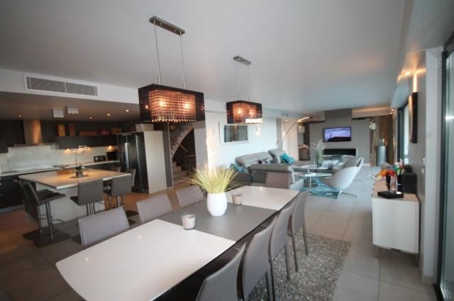 Cannes Luxury Rental Villa Coquelourde Living Room