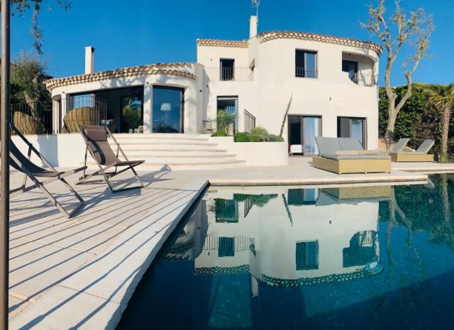 Cannes Luxury Rental Villa Coronille Terrasse