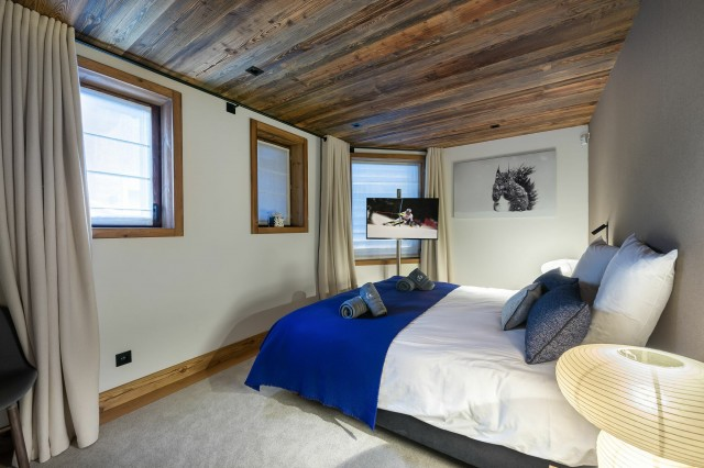 Courchevel Luxury Rental Chalet Nuummite Bedroom