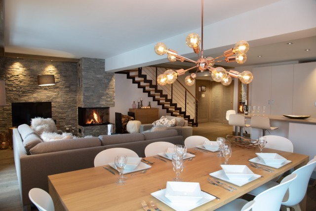 Courchevel 1650 Luxury Rental Appartment Aluminite Dining Room