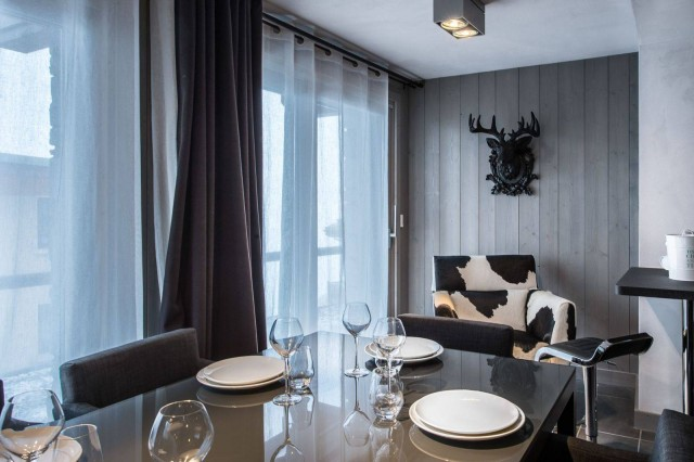 Courchevel 1650 Luxury Rental Appartment Dalersi Dining Room