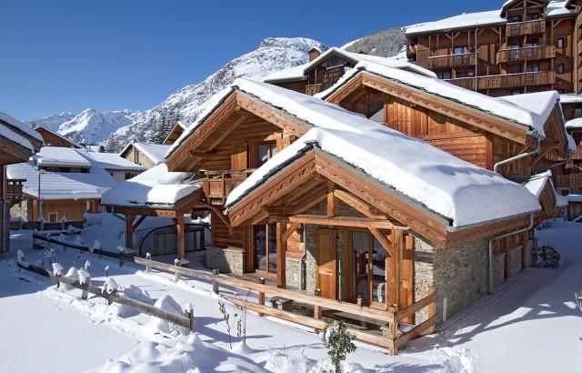 Les Deux Alpes Rental Chalet Luxury Cervantite Outside 1