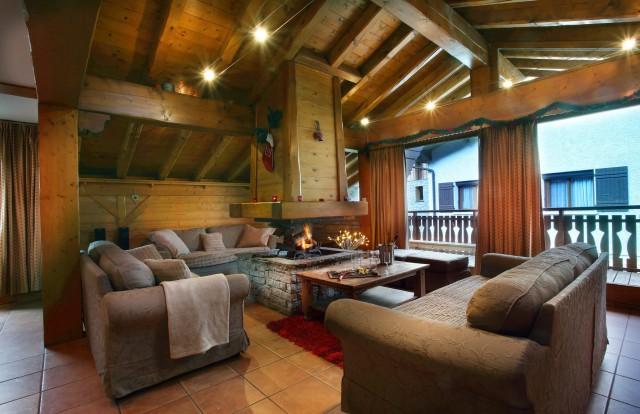 Les Menuires Luxury Rental Chalet Lautite Living Area