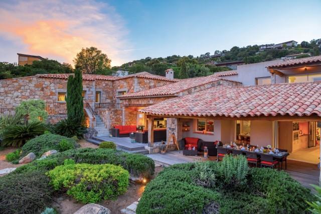 Porto-Vecchio Location Villa Luxe Poivre Terrasse Vue Mer