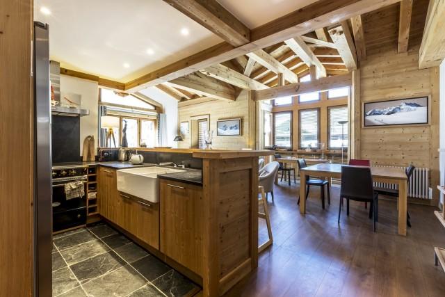 Val d'Isère Location Appartement Luxe Vanalite Cuisine