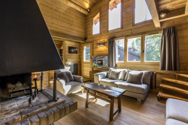 Val d'Isère Luxury Rental Chalet Vauxate Living Area