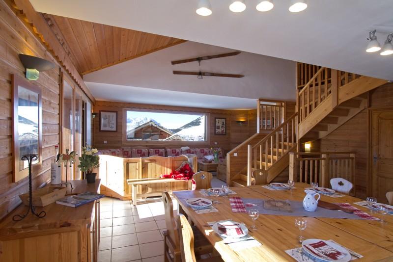 Alpe d'Huez Luxury Rental Chalet Abelsonite Dining Room