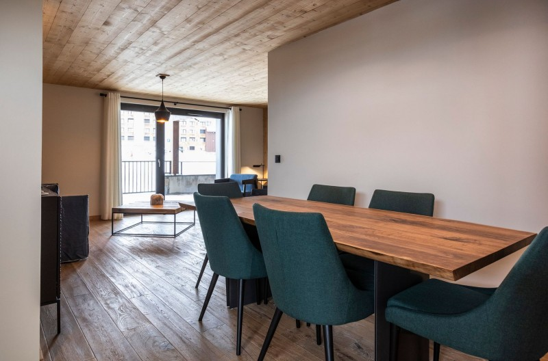 Alpe D'Huez Location Chalet Luxe Acenokite Table A Manger
