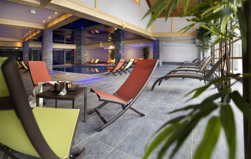 Alpes D'Huez  Location Appartement Luxe Acroitie Piscine