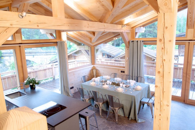 Chamonix Luxury Rental Chalet Cancrinite Dining Area 2
