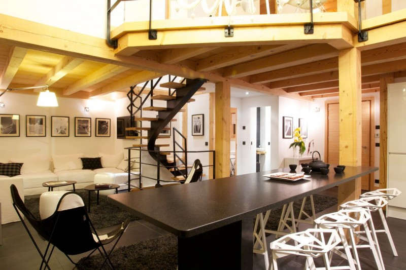 Chamonix Luxury Rental Chalet Cancrinite Dining Area