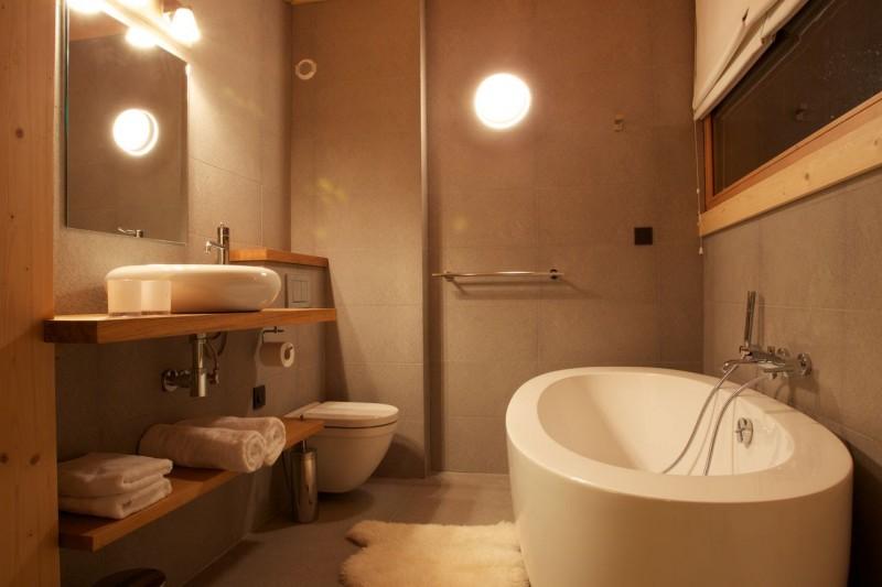 Chamonix Luxury Rental Chalet Cancrinite Bathroom