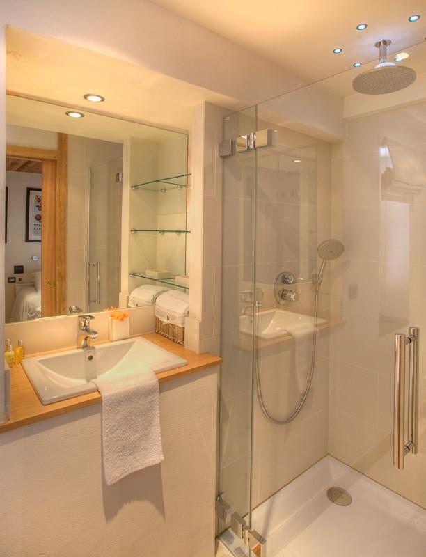 bathroom-b1-7319