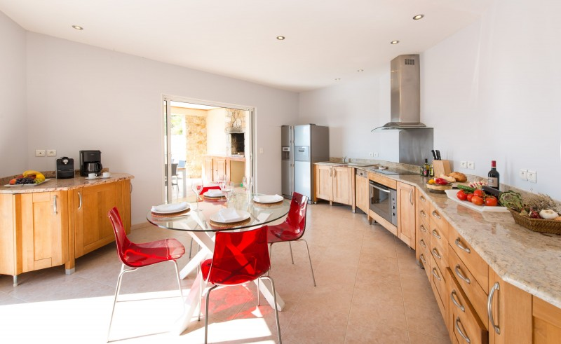 Calvi Luxury Rental Villa Diademe Royal Kitchen