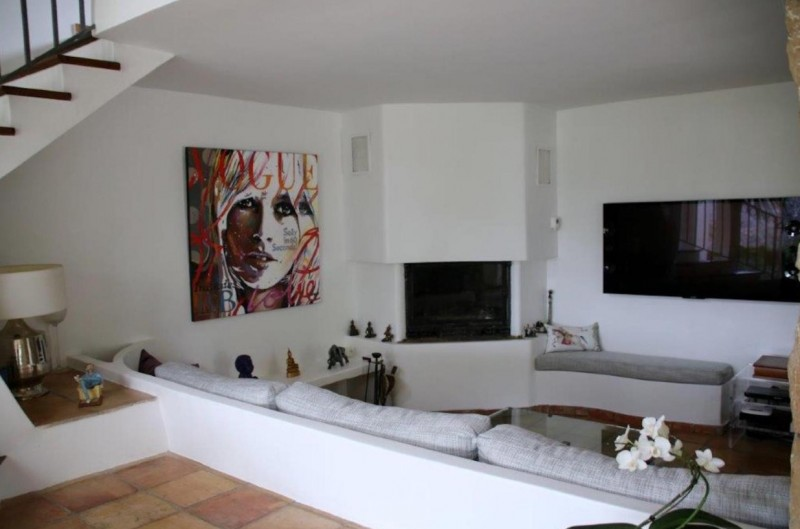 Cannes Luxury Rental Villa Calendula Living Room 2