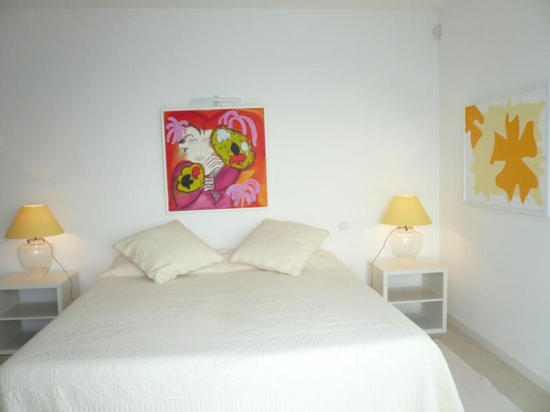 Cannes Luxury Rental Villa Corydale Bedroom 2