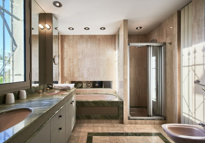 Cannes Luxury Rental Villa Covelline Bathroom 3
