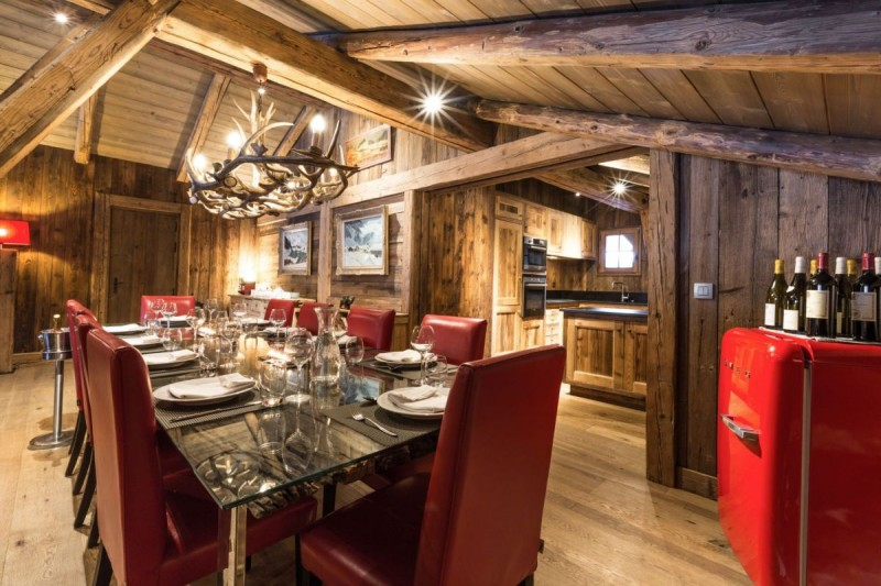 Chamonix Location Chalet Luxe Aconit Table Dîner
