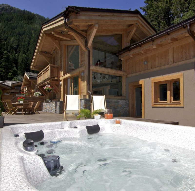 Chamonix Location Chalet Luxe Cancrinite Jacuzzi