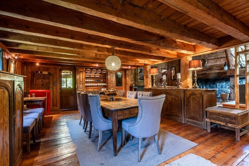 Chamonix Luxury Rental Chalet Coquelois Dining Area