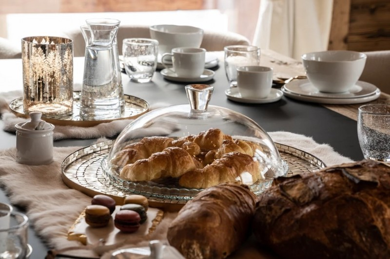Chamonix Luxury Rental Chalet Cornite Breakfast