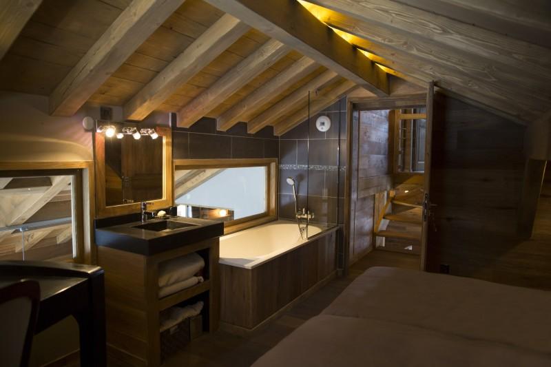 Chamonix Location Chalet Luxe Cristolite Salle De Bain 2