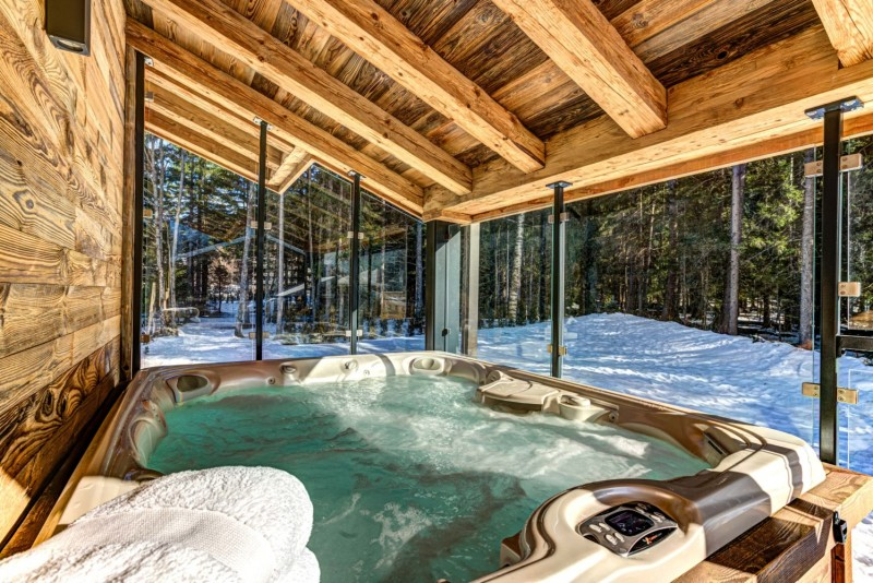 Chamonix Mont Blanc Location Chalet Luxe Paradamote Jacuzzi