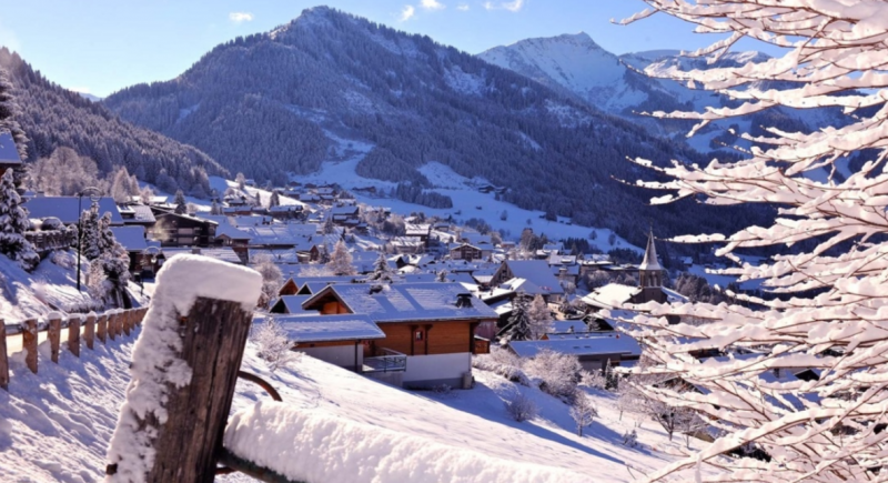 Chatel Luxury Rental Chalet Chalcocyanite View 2