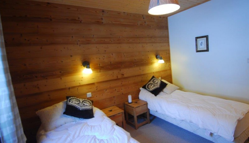 Chatel Location Chalet Luxe Chalcophanite Chambre
