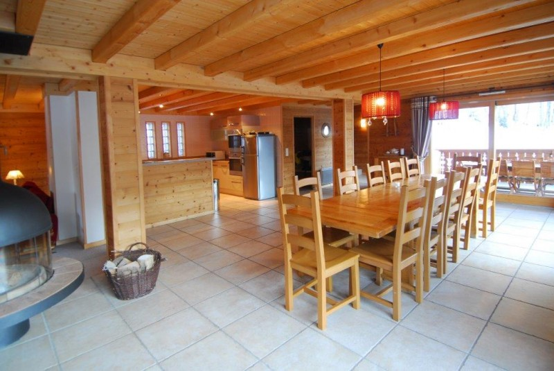 Chatel Luxury Rental Chalet Chalcophanite Dining Area 2