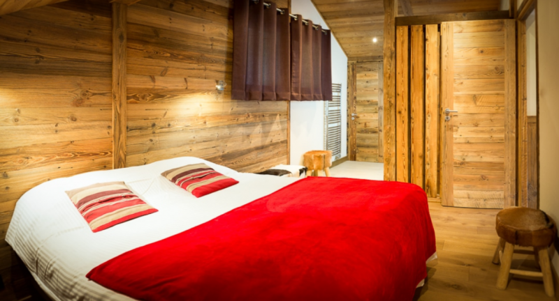 Chatel Luxury Rental Chalet Chambera Bedroom