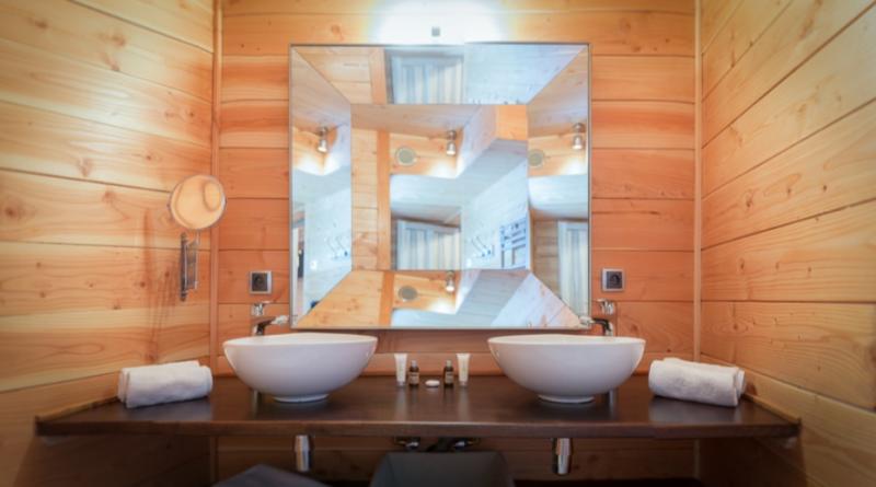 Chatel Luxury Rental Chalet Chapa Bathroom