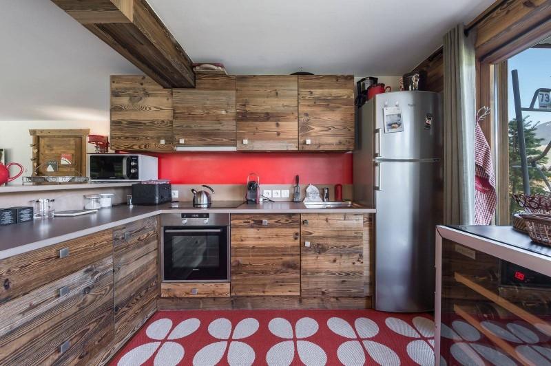 Courchevel 1300 Luxury Rental Appartment Tilure Kitchen