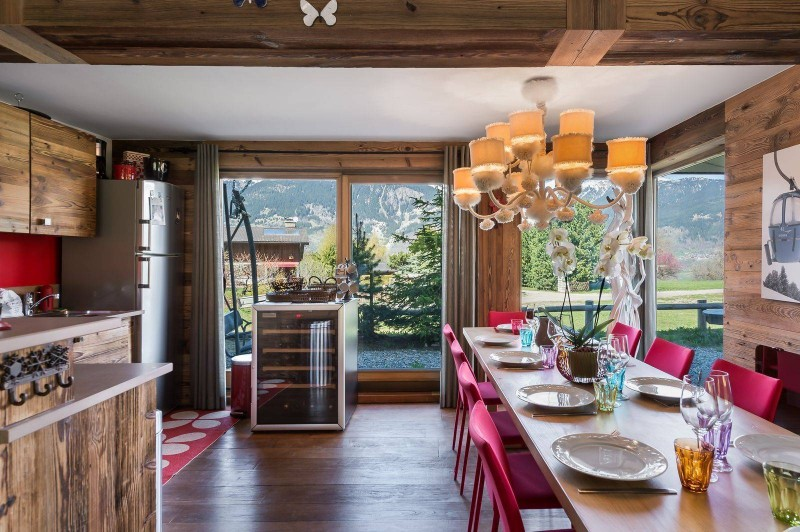 Courchevel 1300 Luxury Rental Appartment Tilure Dining Room