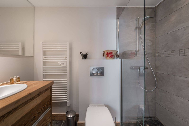 Courchevel 1300 Luxury Rental Appartment Tilure Bathroom 4